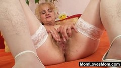 Amatuer, mature granny plays with herself Thumb