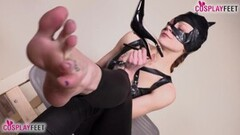 Worship Cat Woman Feet! Thumb
